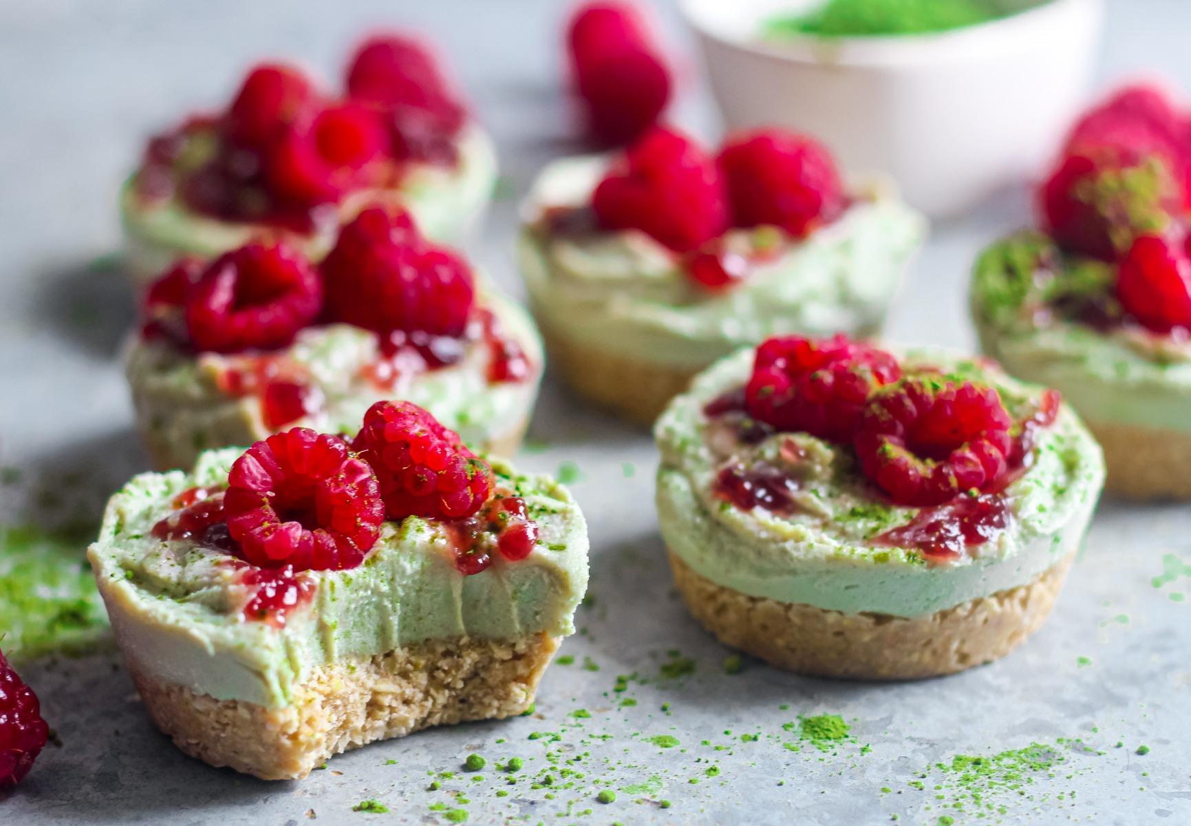 Mini Matcha & Rapsberry Cheesecakes