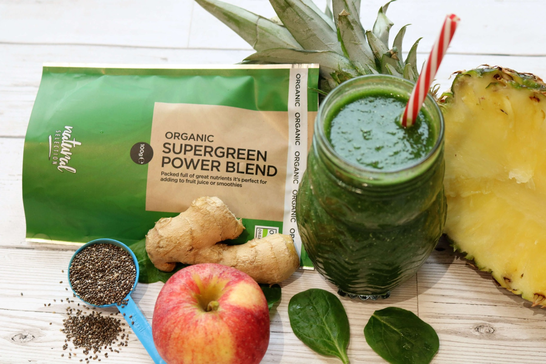 Super Green Pineapple & Ginger Smoothie