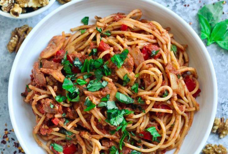 Mushroom & Walnut Spaghetti